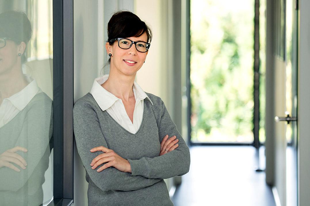 Portrait Marion Daum-Klipstein, Architektin / Architektur-Büro in Bad König, Odenwaldkreis, business_portrait_architektin_frankfurt_09_klewar-photographie