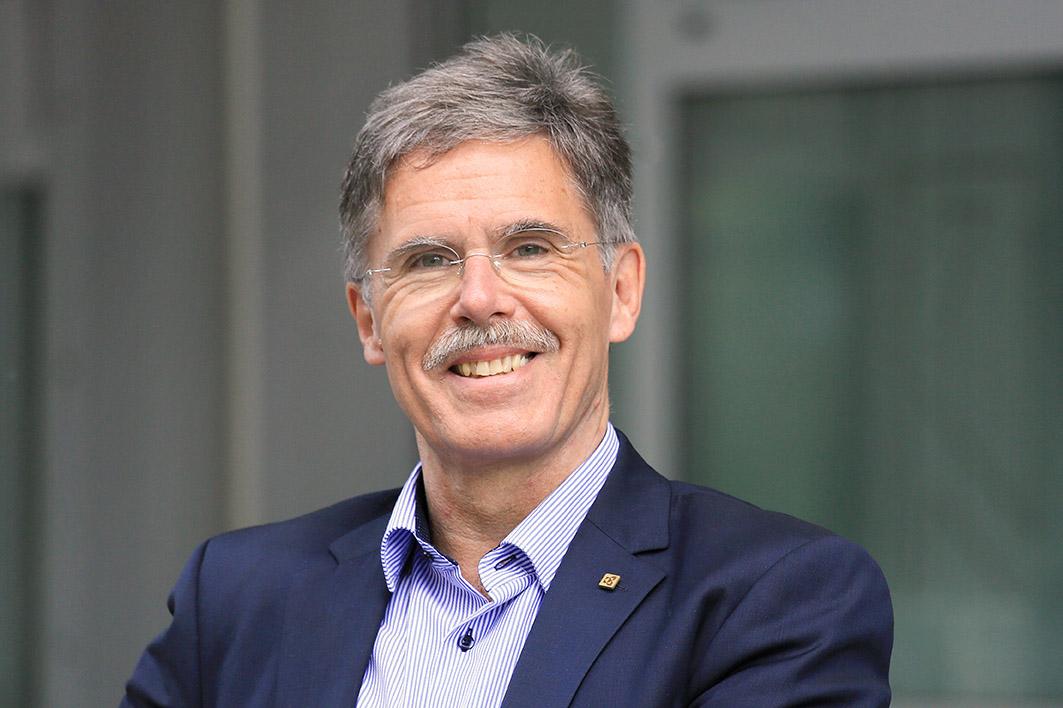 Portrait Martin Kellner, Geschäftsführer der AKI GmbH in Würzburg, business_portrait_frankfurt_wuerzburg_03_klewar-photographie-828
