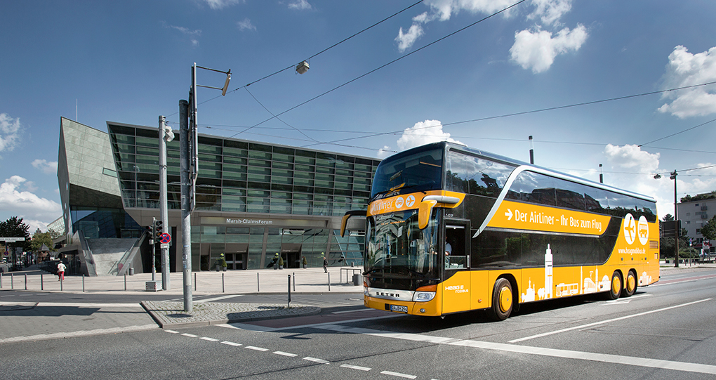 Airliner / Bus vor dem Kongresszentrum (Darmstadtium) in Darmstadt, reportage_foto_darmstadt_oepnv_airliner_klewar-photographie-3879