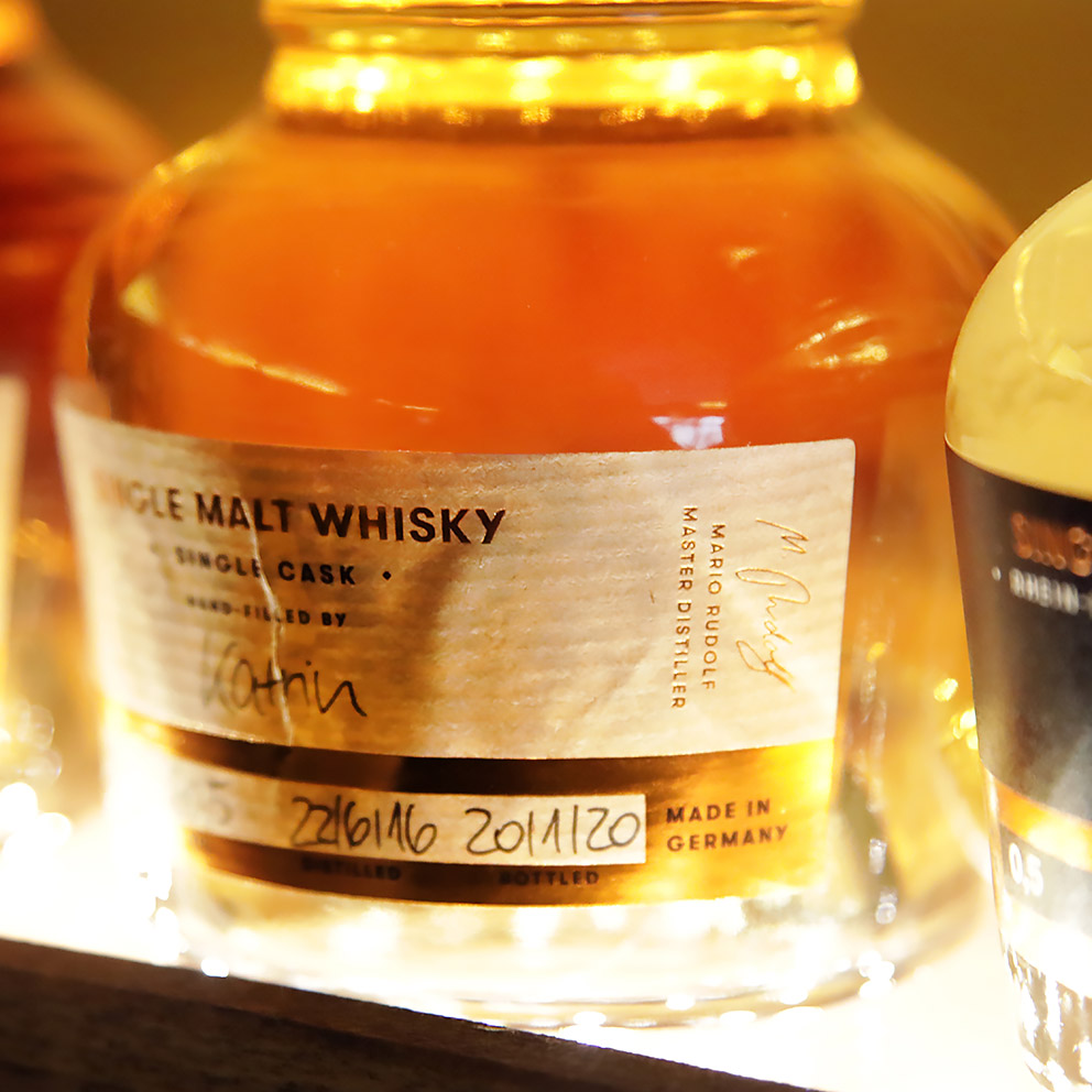 Single Malt Whiskey, St. Kilian Destillers Whiskey, Flasche, Etikett, Handschrift, still-life_foto_frankfurt_st.kilian_klewar-photographie_6036